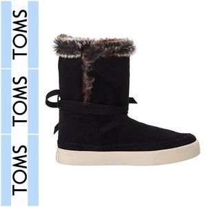 Vista Faux Shearling Water-Resistant Boots